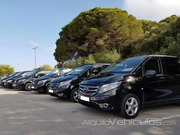La mayor flota de minivan disponible en Sevilla con chofer